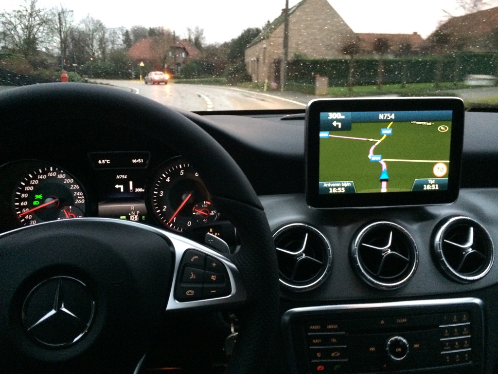 CLA 8 inch OEM fit monitor | Page 3 | Mercedes CLA Forum