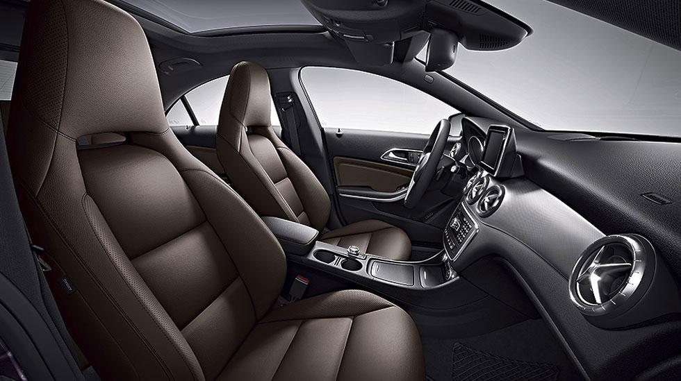 2014 Mercedes-Benz CLA 250 Interior