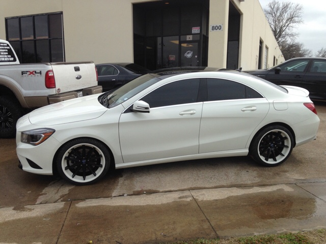 Mercedes Cla 250 >> Custom powder coated Rohana RC10!!!