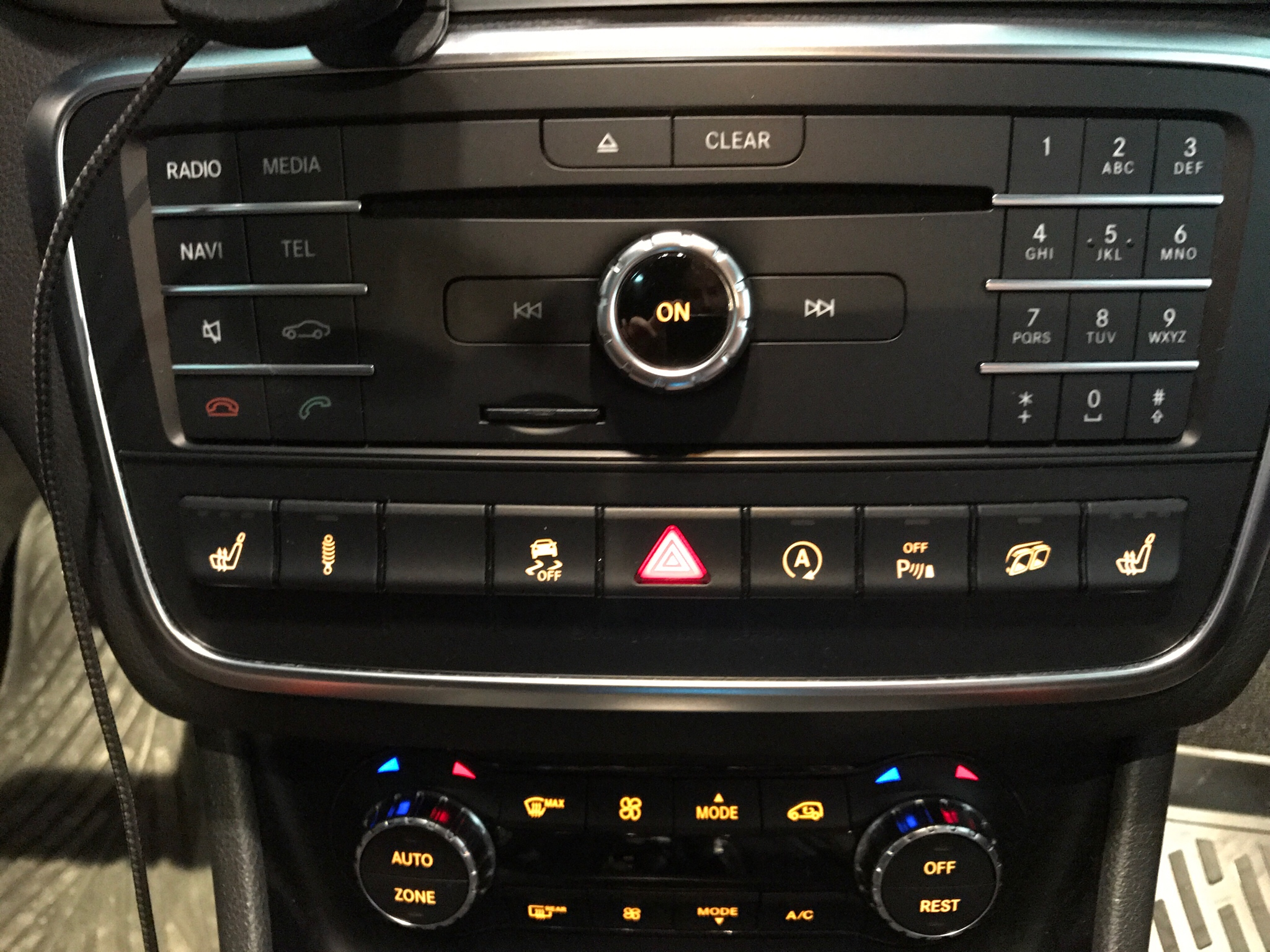 Cla 45 Amg >> That Exhaust Switch button on console does nothing?