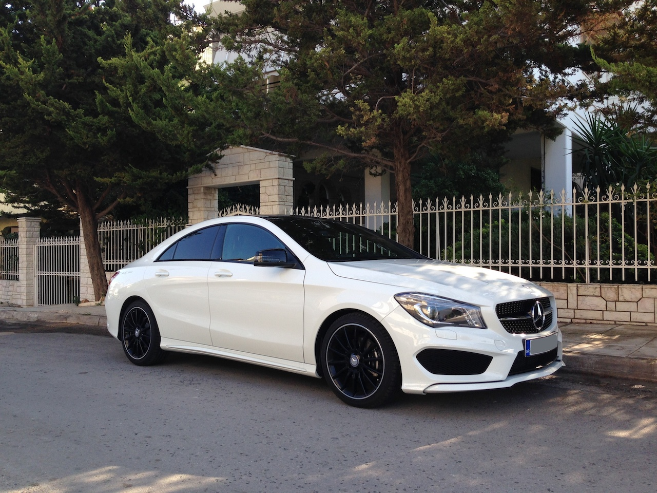 my new white cla 200 with amg package. Black Bedroom Furniture Sets. Home Design Ideas