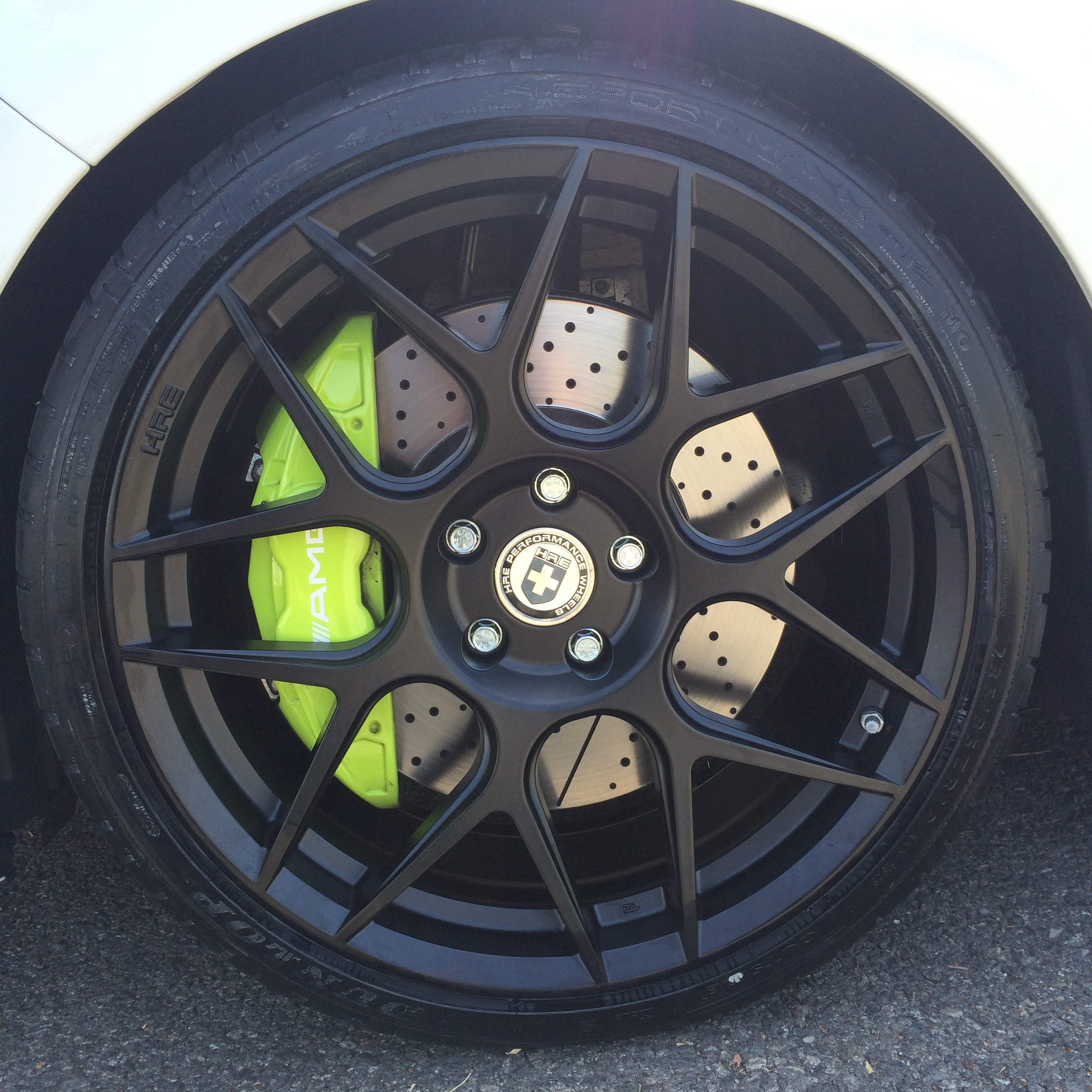 sick or not cla45 lime green calipers with hre flowform