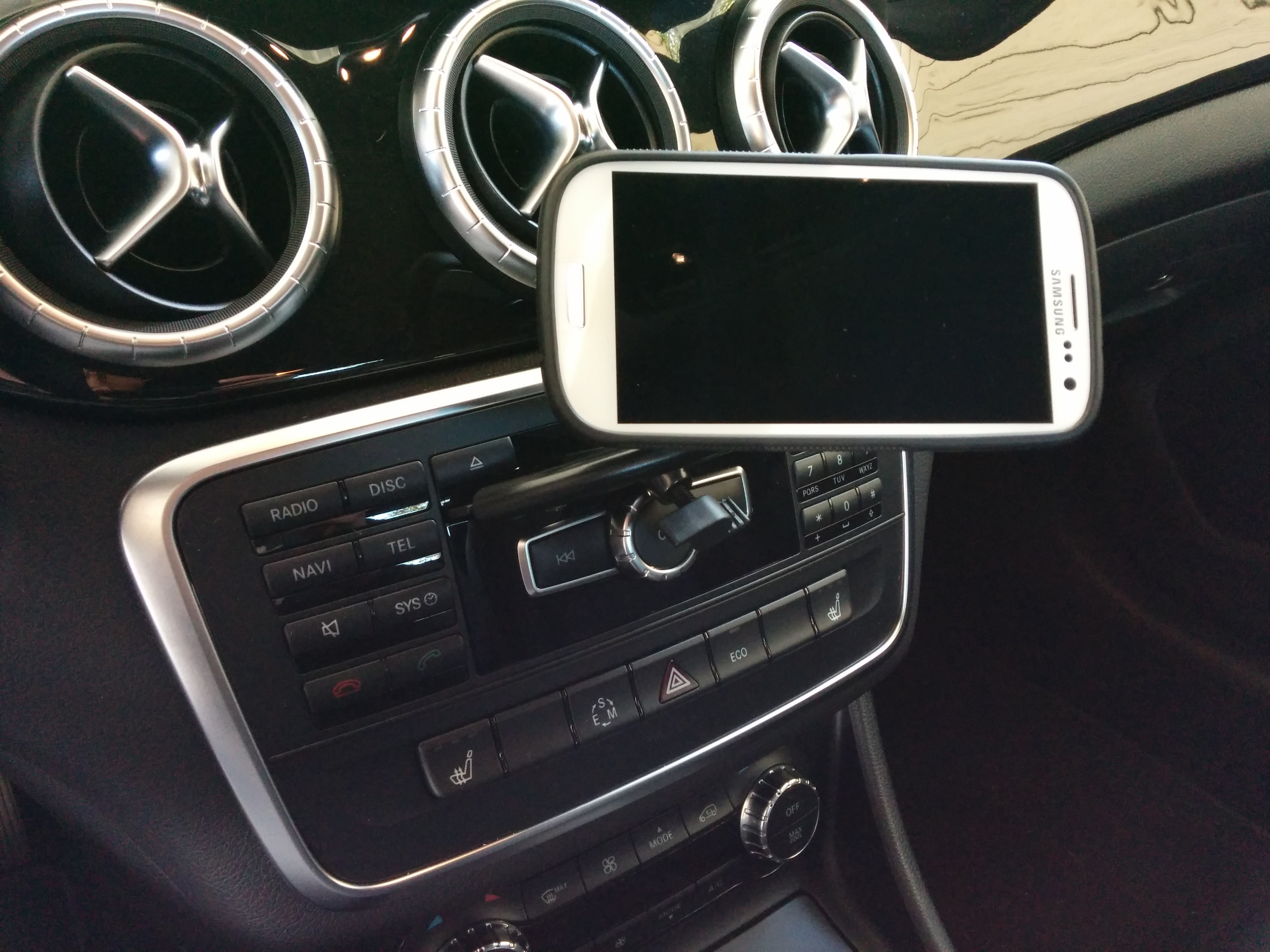 Phone cup holder for Mercedes benz cell phone cradle