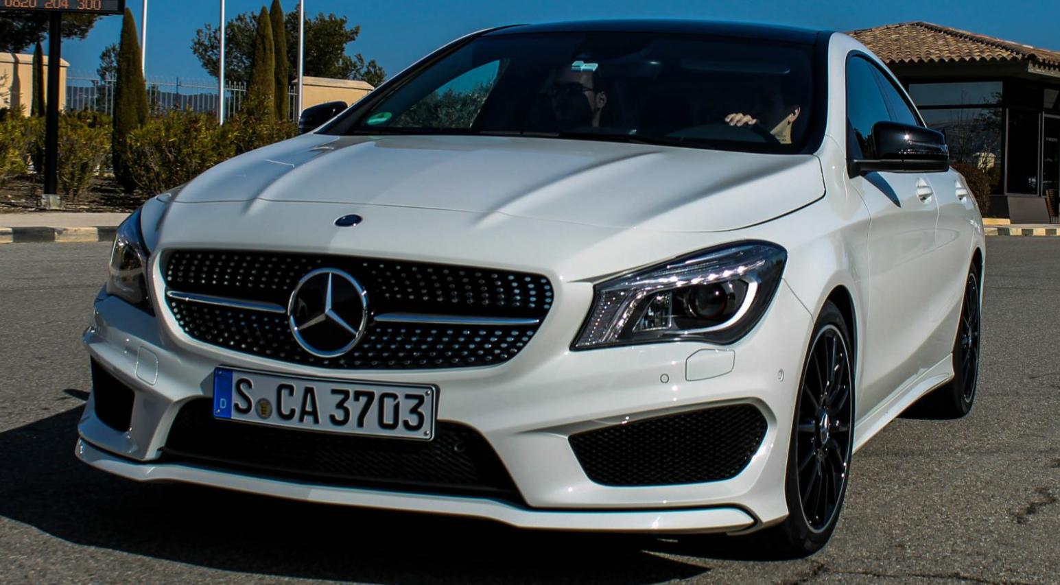 Mercedes Benz Paint Arctic White Spray