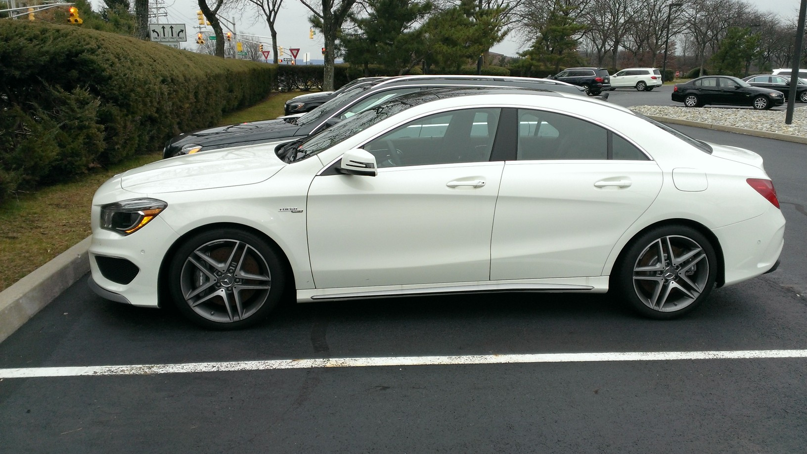 pictures of cla 45 amgscirrus white